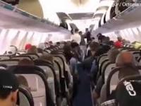 Opuszczanie samolotu w wykonaniu Kanadyjczyków