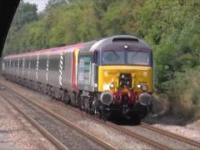 Kanon Pachelbela wykonany przez pociągi
