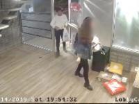 Kobieta dostarcza jedzenie po czym kradnie paczki