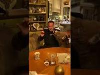 "Arni Arnold ""Terminator"" apeluje o pozostaniu w domu"