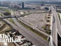 Dron rejestruje opustoszałe Włoskie autostrady w miastach dotkniętych Koronawirusem
