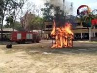 Pokaz szybkości i skuteczności straży pożarnej z Bangladeszu
