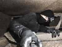 Wejście do olbrzymiego, w pełni wyposażonego rosyjskiego bunkra