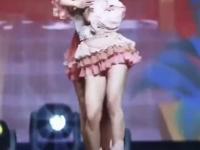 Pięknych Koreanek taniec poplątaniec