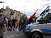 Ostre starcia podczas protestu przedsiębiorców z policją w Warszawie!