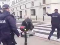 Leszek ucieka pojazdem elektrycznym. Nie uciekajcie Policji!