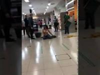 Kobieta atakuje, a potem udaje, że ją pobito i rozebrano