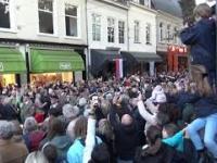 Wojsko Polskie maszeruje ulicami Holandii witane przez tłumy!