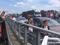 AUTOBUS SPADA Z WIADUKTU, most Grota-Roweckiego, Warszawa, relacja sprzed przyjazdu służb