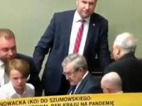 Minister Szumowski pijany w sejmie