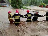 Powódź i podtopione domy w Jasienicy Rosielnej