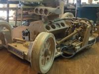 Realistyczny model drewnianego samochodu - działającego