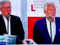 Aleksander Kwaśniewski nabija się z Dudy