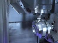 Niezwykle satysfakcjonująca praca maszyn do obróbki metalu