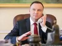 Prezydent Andrzej Duda rozmawia z Kononowiczem
