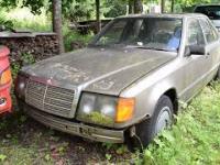 Odpalanie Mercedesa po 16 latach wrastania w glebę