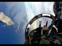 F/A-18 lądowanie na lotniskowcu