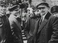 """""""Wojna światów"""" - cyfrowo odrestaurowany i pokolorowany dokument o Bitwie Warszawskiej"""