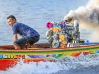 Tak się ścigają łódkami w Bangkoku