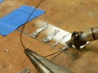 Lutowanie szkła, tytanu, aluminium, ceramiki za pomocą lutownicy ultradźwiękowej