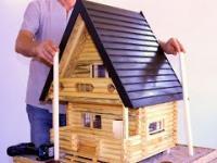Tradycyjny rosyjski drewniany dom w miniaturze. Jak to zbudowałem?