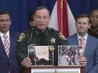 Szeryf z Florydy prezentuje różnice pomiędzy pokojowymi protestami, a tymi z zamieszkami