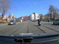 Ucieczka na motocyklu przed policją w Czeskiej Pradze