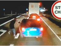 Kozak w Skodzie przyhamowuje ciężarówkę, na dyskusje nie miał odwagi