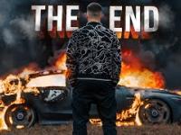 Oblał Mercedesa wartego 1 miliona benzyną i podpalił