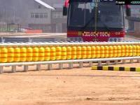 Test barierek rolkowych w Malezji