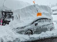 2 metry śniegu spadły w Japoni