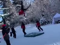Akcja ratownicza na wyciągu narciarskim