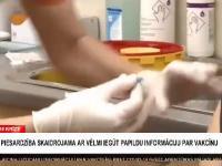 Łotewska lekarka przyjmuje szczepionkę na Covid