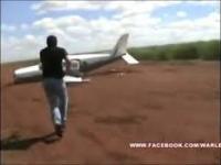 Zatrzymanie samolotu z narkotykami podczas startu