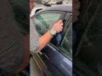 Jak błyskawicznie awaryjnie otworzyć samochód