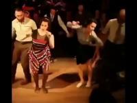 A co oni tak tańczą?