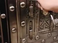 Niesamowity system zamykania skarbca, który ma 250 lat