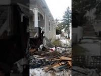 Wypadek- Auto Uderzyło w domy niszcząc je..
