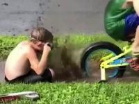 Dzieci testują nowe gogle