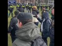 W Holandii tworzą się oddziały do odpierania brutalnych ataków policji