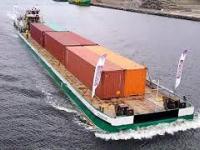 Pierwszy komercyjny transport kontenerów Wisłą z Gdańska do Chełmna.