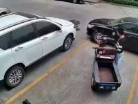 Jak wydostać się z zatarasowanego miejsca parkingowego?