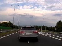 Audi A6 RS osiąga prędkość nadświetlną podczas wyprzedzania, po czym traci moc..