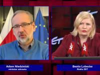 Niedzielski wyjaśnia nadmiarowe zgony: złe geny Polaków, alkohol i papierosy