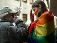 Aktywistka zakłócała modlitwę środowisk Radia Maryja. Czyn staruszki nie dał jej jednak wyboru