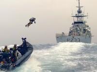 Royal Marines eksperymentuje przydatność jetpacków przy abordażu