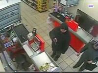 Rosjanin z bronią napada na sklep
