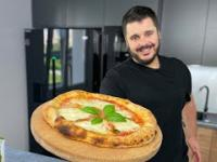 Domowa PIZZA lepsza niż z pizzerii - przepis na najlepsze ciasto na pizzę