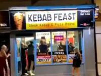 Nocna imprezka w kebabie