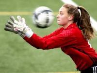 Piłka nożna w wykonaniu kobiet to komedia